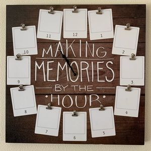 Making Memories by the Hour Photo Clock